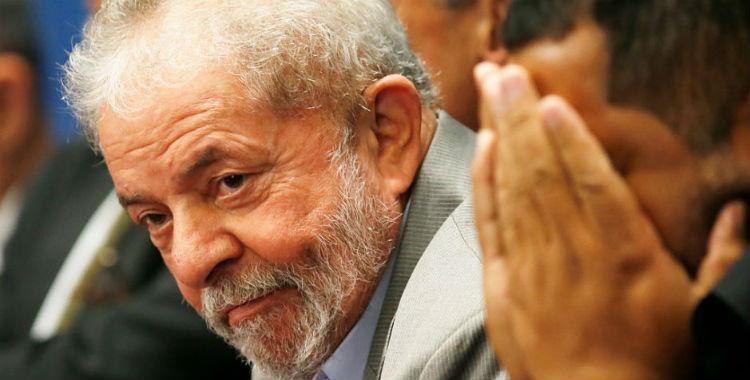 A dos semanas del golpe contra Dilma denuncian a Lula por corrupción | El Diario 24