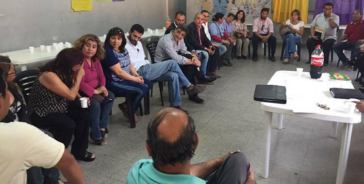 Yedlin se reunió con vecinos de Banda del Río Salí para prevenir adiciones | El Diario 24