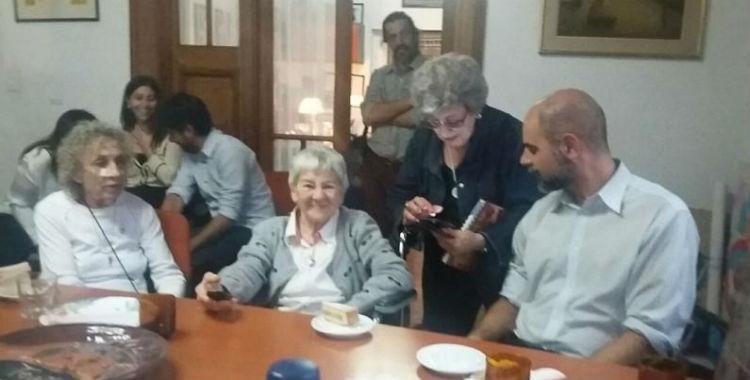 Mirá las fotos del emotivo encuentro de Abuelas con el Nieto 121   El Diario 24