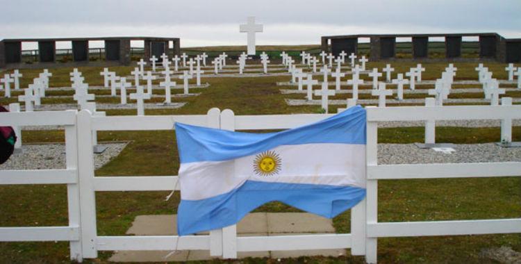 Argentina y Reino Unido se reúnen para avanzar en la identificación de caídos en Malvinas | El Diario 24