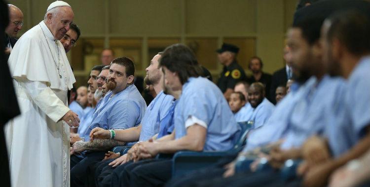 Mientras Macri intenta bajar la edad de imputabilidad el Papa pide condiciones dignas para los presos | El Diario 24