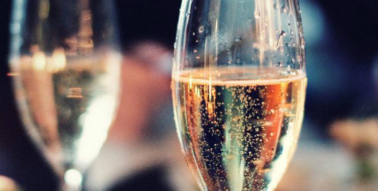 Las fábricas de vinos espumantes no pagarán impuestos hasta fin de año | El Diario 24