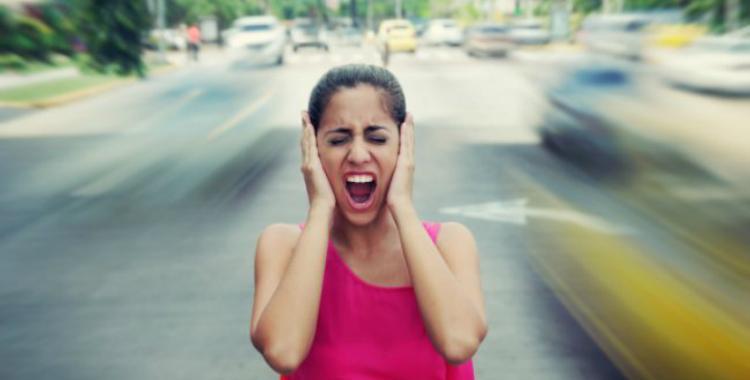 Quienes viven cerca de calles con mucho tránsito y ruido corren más riesgo de sufrir demencia   El Diario 24