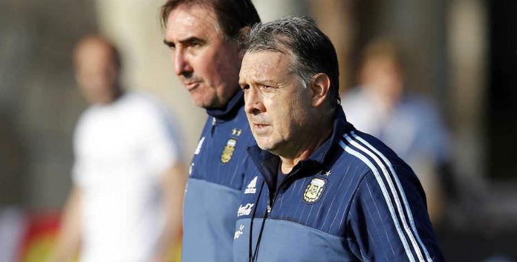 Ex ayudante del Tata Martino asegura que se fue de la Selección por los dirigentes de AFA   El Diario 24