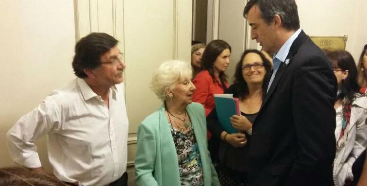Abuelas de Plaza de Mayo le enviaron una carta a Esteban Bullrich por los despidos y la represión | El Diario 24