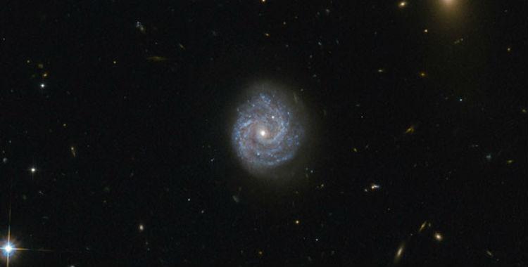 Publican una foto de un agujero negro que va en contra de  las leyes de la física | El Diario 24