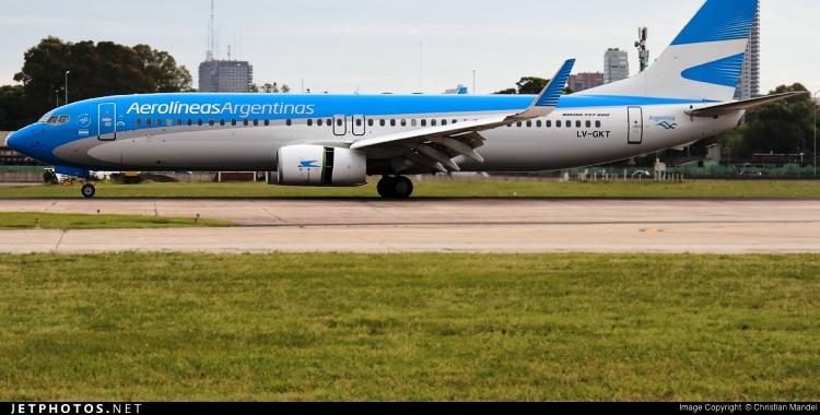 El personal de Aerolíneas Argentinas salvó a un bebé en una emergencia en pleno vuelo | El Diario 24