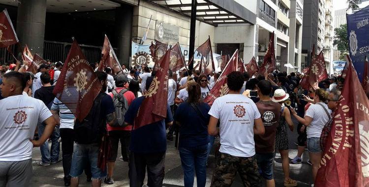 Metalurgicos denuncian que peligran 700 empleos por la quita de aranceles a las importaciones   El Diario 24
