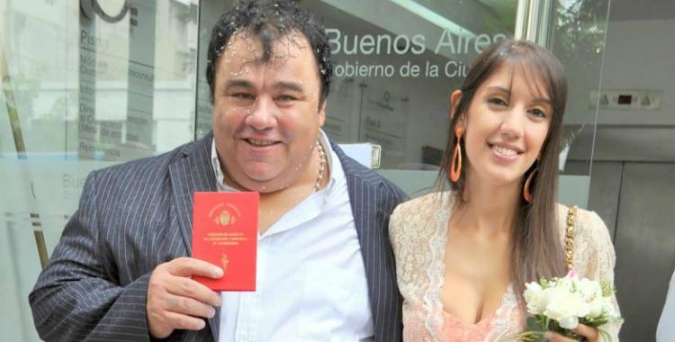 La esposa de la Tota Santillan asegura que él es violento así que se fue con la mucama | El Diario 24