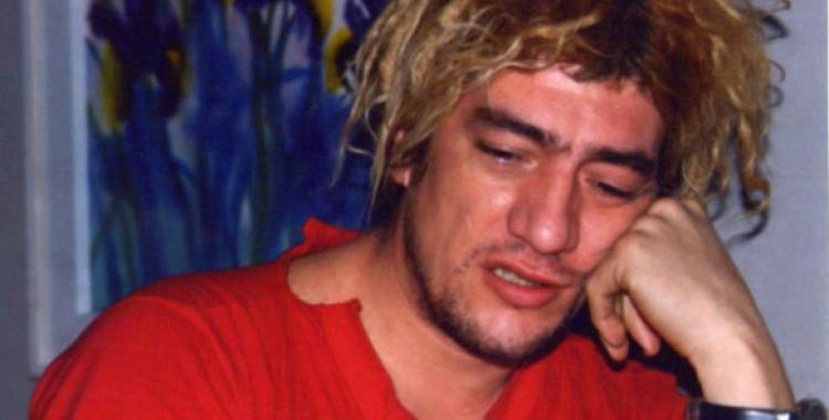 Encuentran a Pity Álvarez en la calle a medio vestir, rapado y drogado | El Diario 24