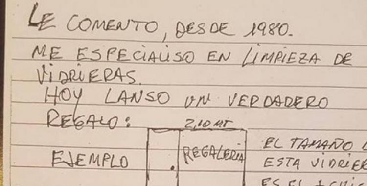 Conmoción en las redes sociales por el volante hecho a mano de un limpiador de vidrios   El Diario 24