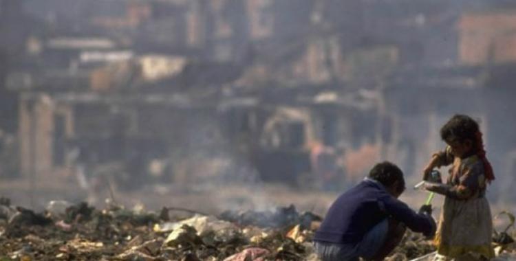 Tras el informe de los datos de pobreza, el Gobierno reglamentó la Emergencia Social | El Diario 24
