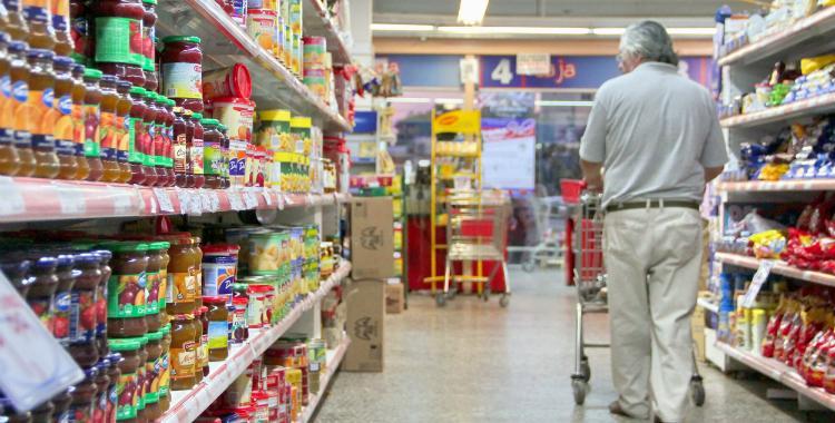 Según gremios de la CGT y la CTA, en marzo la inflación fue del 2,1% | El Diario 24
