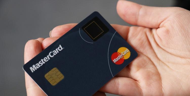 Mastercard se actualiza y lanza tarjetas biométricas   El Diario 24