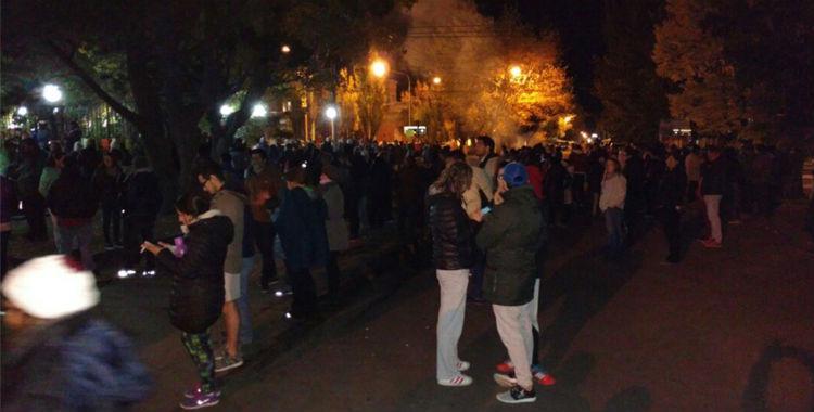 Santa Cruz: ATE repudió la represión a su reportero gráfico y a los manifestantes   El Diario 24
