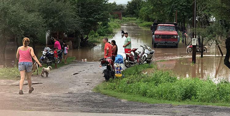 Afirman que ya se entregaron el 80% de los créditos para inundados | El Diario 24