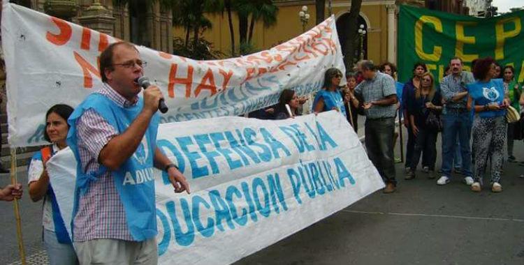 Adiunt realizará una marcha de antorchas en defensa de la Universidad pública | El Diario 24