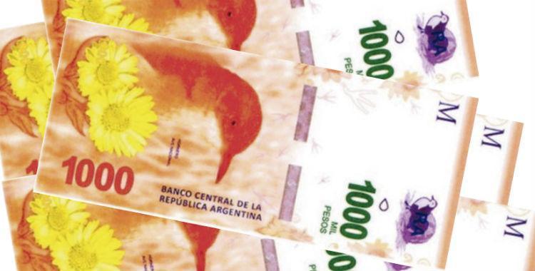Una ley prohíbe pagos en efectivo mayores a $1000: ¿qué pasará con los billetes? | El Diario 24