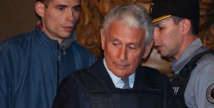 Internan al represor Miguel Etchecolatz luego de sufrir un ACV en la cárcel   El Diario 24