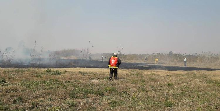 Alerta en el aeropuerto: Un incendio demoró el despegue de un avión | El Diario 24