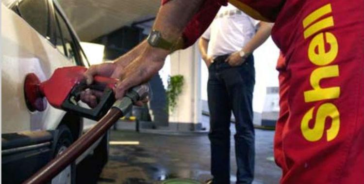 Shell también baja el precio de las naftas y sube el del gasoil | El Diario 24