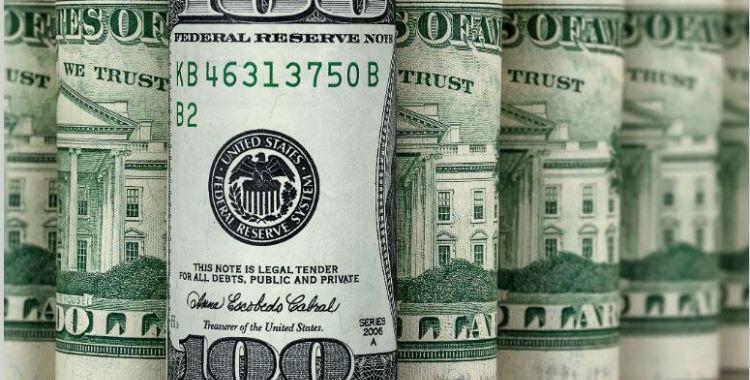 Tras la suba del jueves, el dólar se encuentra estable | El Diario 24