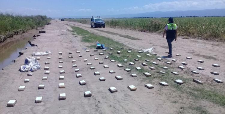 Una avioneta lanzó cientos de kilos de droga en Taco Ralo   El Diario 24