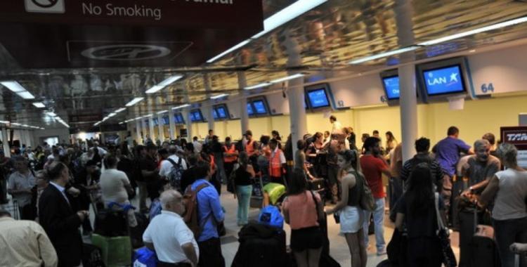 Aeronáuticos levantan el paro y el jueves habrá vuelos normales | El Diario 24