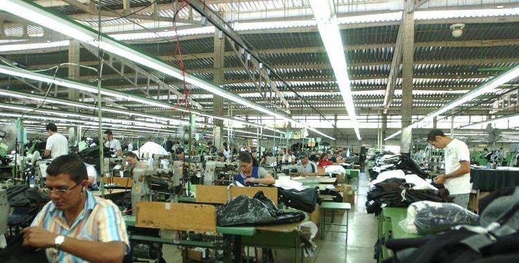 Franca recesión: La economía cayó 3,5% en el tercer trimestre | El Diario 24