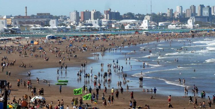 Tragedia en la playa: Un tucumano murió ahogado en Punta Mogotes | El Diario 24