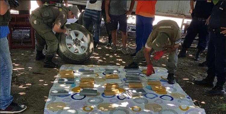 Viajaba con 28 kilos de cocaína ocultos en la rueda de auxilio de su auto | El Diario 24