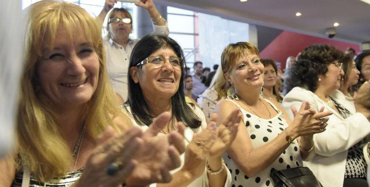 Mujeres de la Legislatura, UNT y la Municipalidad tienen asueto en su día | El Diario 24