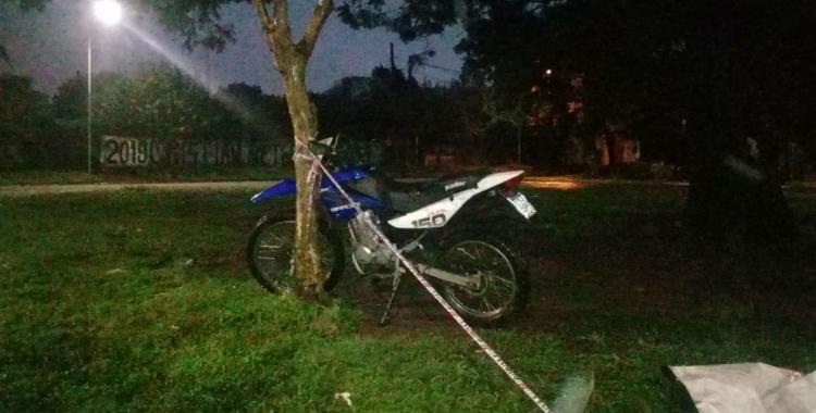 Un hombre murió esta madrugada tras chocar con su moto   El Diario 24