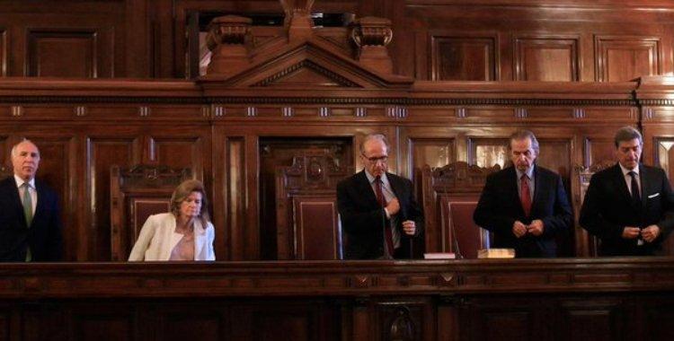 La Corte Suprema demora el primer juicio contra Cristina Kirchner | El Diario 24