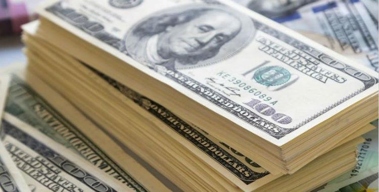 El dólar rebotó con fuerza y cerró a 45,17 pesos | El Diario 24