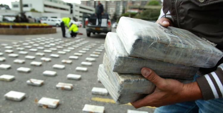 Detienen a un militar de la comitiva de Bolsonaro con 39 kilos de cocaína | El Diario 24