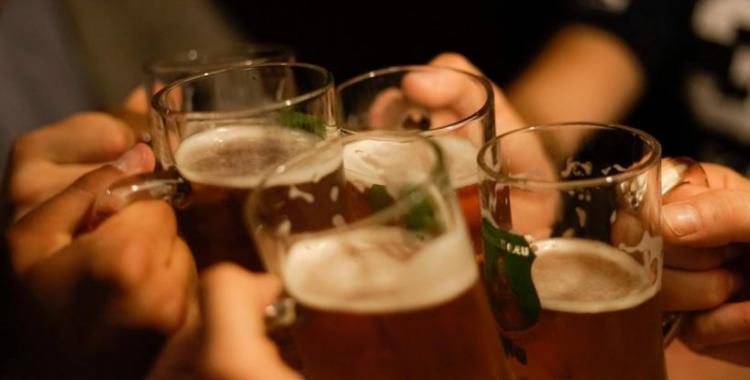 La Anmat prohibió la venta en todo el país de tres cervezas   El Diario 24