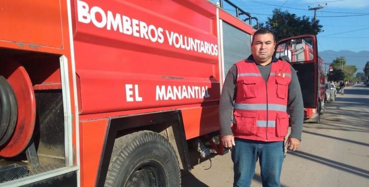 Un camión de bomberos quedó inutilizable por el robo de sus baterías en El Manantial | El Diario 24