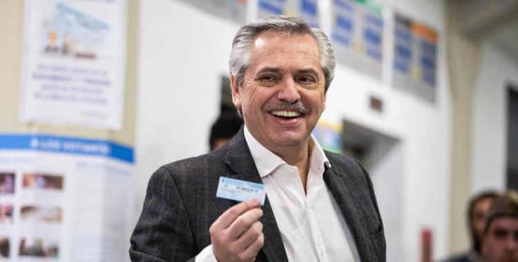 Tras votar, Alberto Fernández pidió a los fiscales garantizar que las cosas salgan bien | El Diario 24