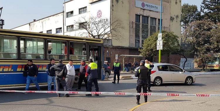 Intentó evitar un control de tránsito, chocó y descubrieron que se había disparado | El Diario 24