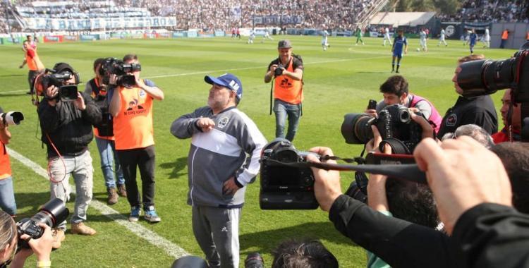 En el debut de Maradona, Gimnasia cayó en el bosque ante Gimnasia | El Diario 24