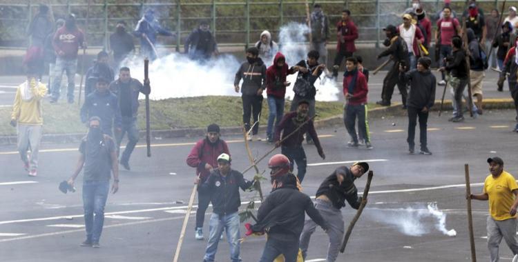 Ya son dos los muertos por las fuertes protestas contra el gobierno de Ecuador | El Diario 24