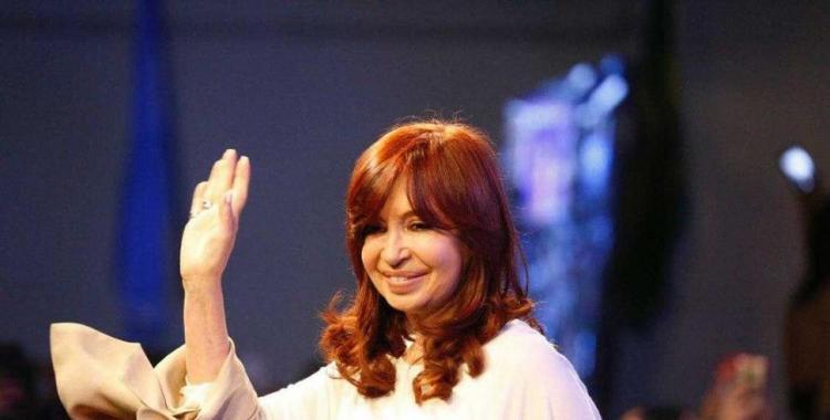 Cristina reapareció en Twitter y volvió a tildar a Macri de machirulo | El Diario 24