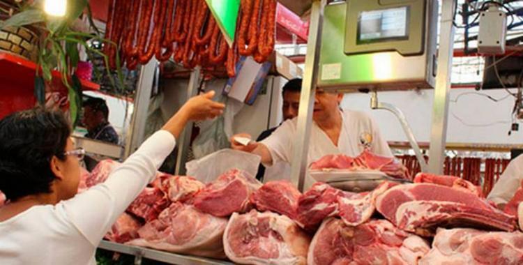 La carne vacuna subió menos que el pollo y el cerdo en el último año   El Diario 24
