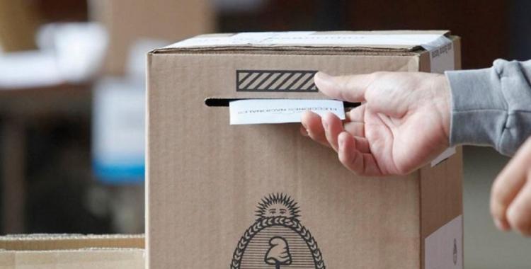 El 71% de los argentinos confía en la democracia y el 30% toleraría un golpe de Estado   El Diario 24