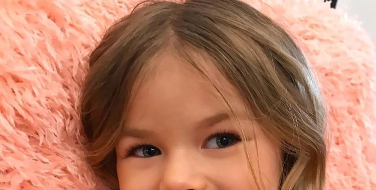 """Tiene seis años y fue coronada como la """"niña más hermosa del mundo""""   El Diario 24"""