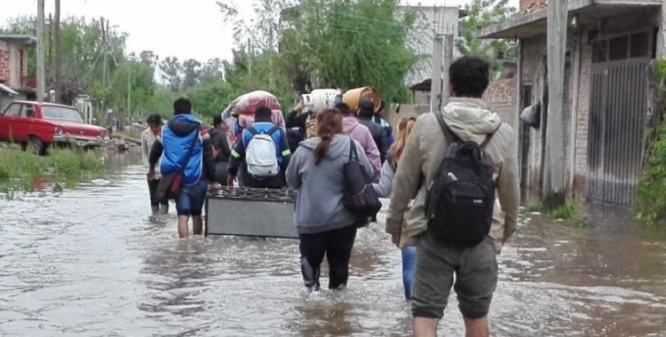 Todavía hay 7000 evacuados por las inundaciones en Buenos Aires | El Diario 24