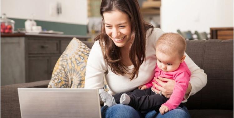Cada vez más madres crían solas a sus hijos | El Diario 24