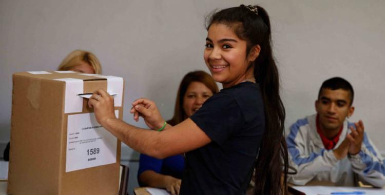 Los jóvenes que votan por primera vez representan el 2,8% del padrón | El Diario 24