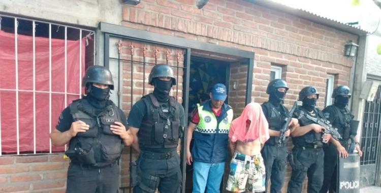 """Detienen a """"Tao"""", acusado de dispararle a un joven en el Barrio Francisco 1°   El Diario 24"""